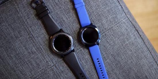 ▲ Galaxy Watch 将来也能够透过 PowerShare 充电