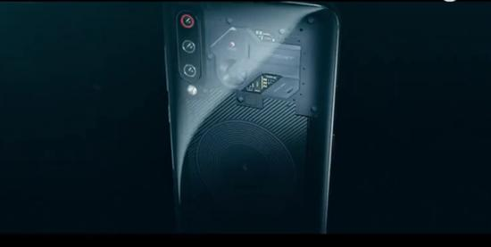 小米9透明版首次公开亮相:究极进化