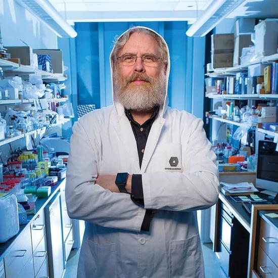 ▲乔治•丘奇,截至目前发表了482篇论文,获得了130项专利,联合创立了22家公司(来源:Genetic Literacy Project)