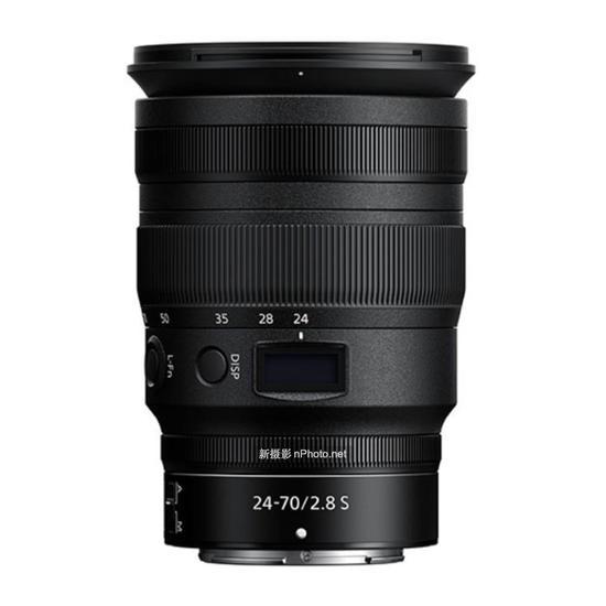 尼康Z 24-70mm f/2.8 S镜头外观曝光
