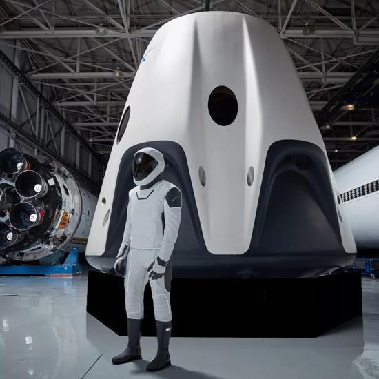 亚博数位是什么·阿迪达斯关闭在德美2家机器人工厂:亚洲更经济