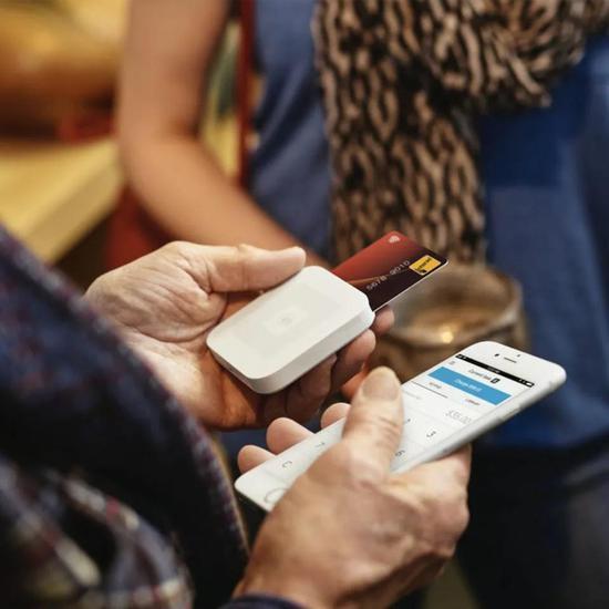 颠覆美国信用卡行业