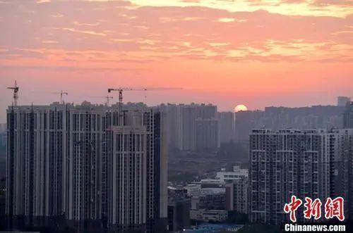 资料图:成都城区一角。中新社记者 刘忠俊 摄