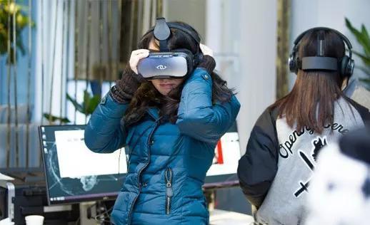 真拟旅游古晨正正在国内即是戴上VR眼镜看看周围,根柢出甚么游戏性可止