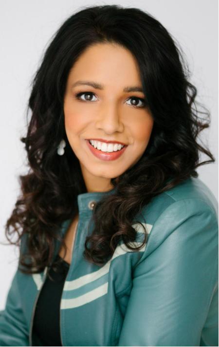 Sangeeta Jain,在TikTok上是英语视频教学网红Geet