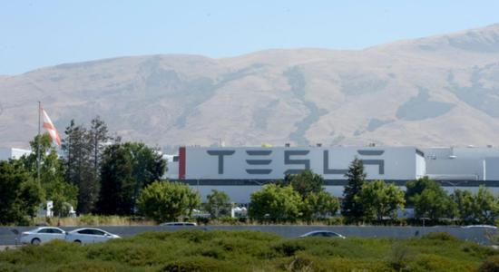 图|位于加州弗里蒙特的特斯拉超级工厂