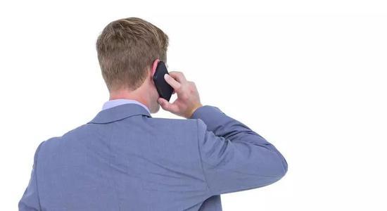 手机电磁辐射还有一个特点,那就是信号越弱,辐射反而越大.