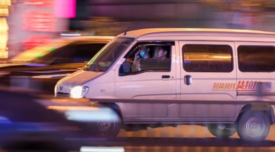 """失衡的网约车:败诉Uber、""""致命""""货拉拉驶向何处?"""