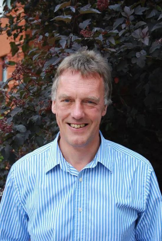 2019年诺贝尔生理学或医学奖获得者:   Peter J。 Ratcliffe
