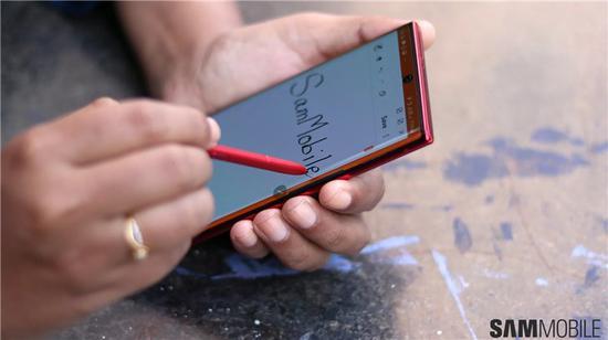 三星即将推出价格更为实惠的Galaxy Note 10 Lite,拥有两种配色