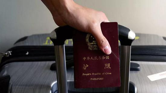 从今天起中国部分留学生只能得到1年的短期签证。来源:Science/ONEDAY0619/SHUTTERSTOCK