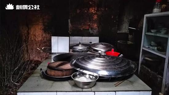 王荣琪家里的厨房器具 拍摄/石灿