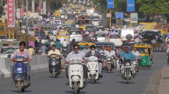 印度街头的摩托车