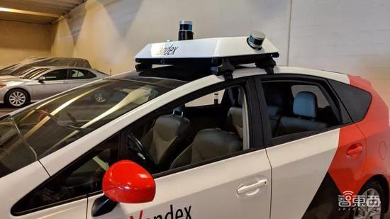 ▲Yandex车顶配置的传感器,图片来源于网络