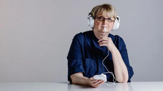 """电击舌头或能改善听力:重新""""校准""""大脑,让它不再制造耳鸣"""