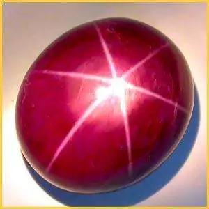 7-六射星光红宝石(图片来源:百度图片)