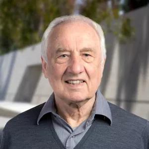 ▲本研究的通讯作者Ian A。 Wilson教授