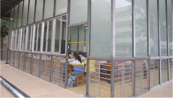 △在广州试点的玻璃教室(来源:《PLOS ONE》)