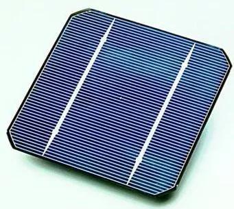 一种晶体硅太阳能电池面板。图片来源:en.wikipedia.org