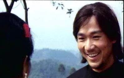 1986年,张国立参演《草莽英雄》