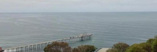 看到海面出现这种波浪千万别下水,连潜艇都怕它们