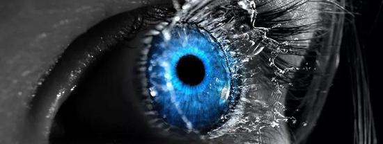 现代医学发展下,补充人工泪液是治疗轻度干眼症的基本治疗方法。