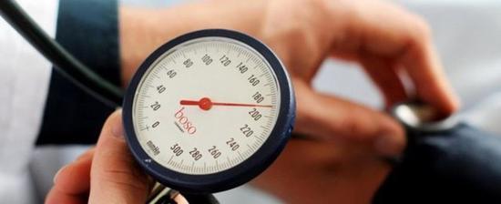 还买什么血压计 自拍小视频就能量血压