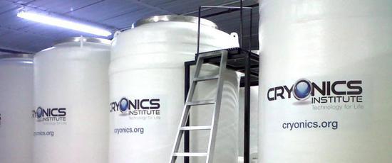 据媒体报道,已有数百人选择死后运用遗体冷冻术(cryonics)将遗体冰封 | ABCNews.com