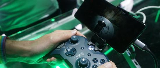 <b>微软宣布云游戏将在2020年上线,还将支持PS4手柄</b>
