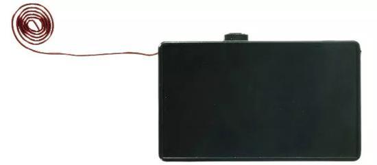 这就是出现在门博会上的小黑盒。 本文图片 都市快报微信公众号