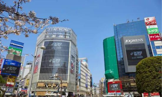 Tik Tok在涩谷的户外广告