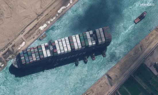 苏伊士运河被堵,可能是因为这个邪门的物理现象
