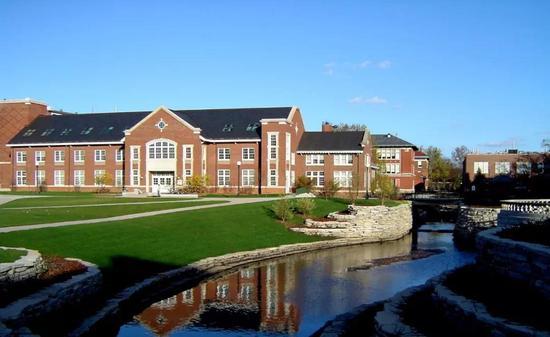 伊利诺伊大学厄巴纳-香槟分校(UIUC)