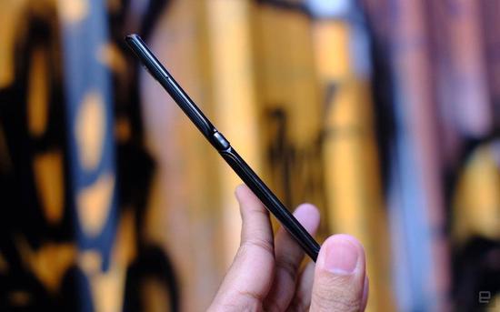 w6600手机端下载 - 马化腾首提腾讯三张网:研发车联网版微信