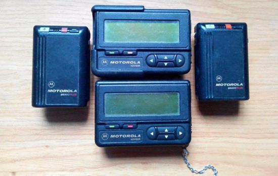 寻呼机是手机之前比较流行的通讯工具