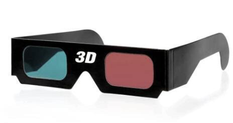 红蓝纸质3D 眼镜利用了光的折射和衍射,使用者两眼看到的景象不一样,让人感觉看到的是立体物品。在新型3D 眼镜未发明的时代,这种纸质眼镜是很多孩子的最爱。