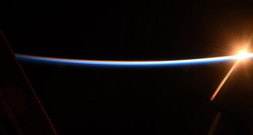 金井宣茂拍攝的外太空照片