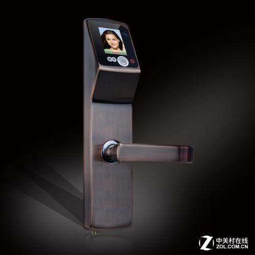 现在智能锁上的面部识别技术还不够完善
