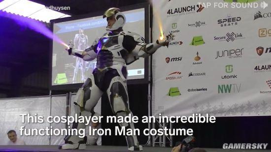 粉丝自制超逼真钢铁侠COS服 还能给手机充电