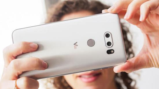 LG V30手机