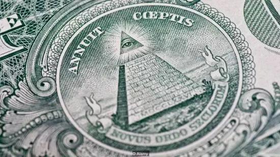 阴谋论者认为美元上的标志表明了光明会的影响(图片来源:Alamy)