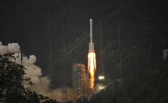 中星16号2017年4月12日发射成功(图片引自互联网)