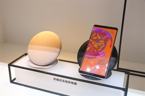 今年第一旗舰三星S9高清外形渲染图!屏占比更高马启光微博