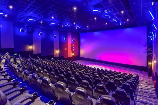 高亮激光影厅已经大范围普及,现在看一场高亮激光电影非常方便。