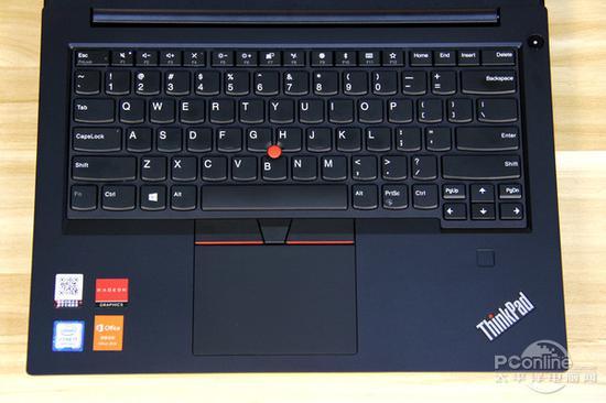 经典全尺寸键盘