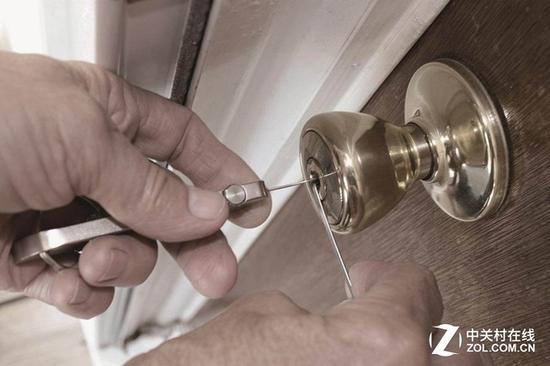 入室盗窃以技术开锁为主