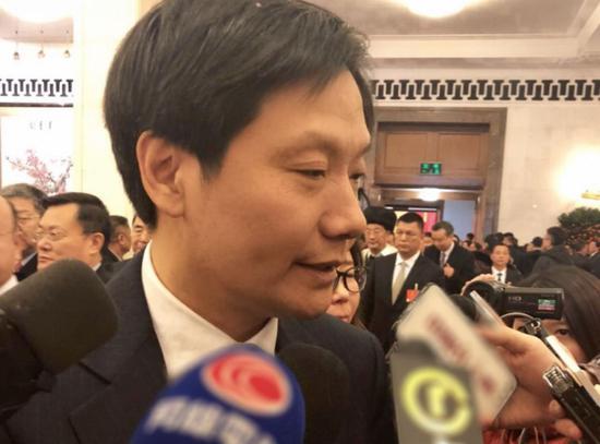 全国人大代表、小米公司董事长雷军图片来源:《中国企业家》杂志摄影 / 李亚婷