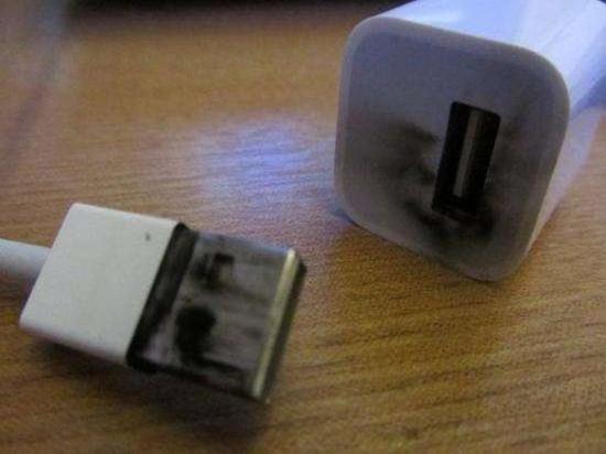 研究称98%假冒iPhone充电器存风险(图片来自baidu)