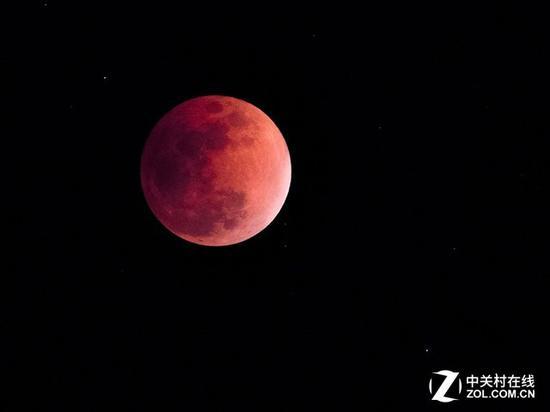 月全食拍摄,最重要的就是月甚时段的血月