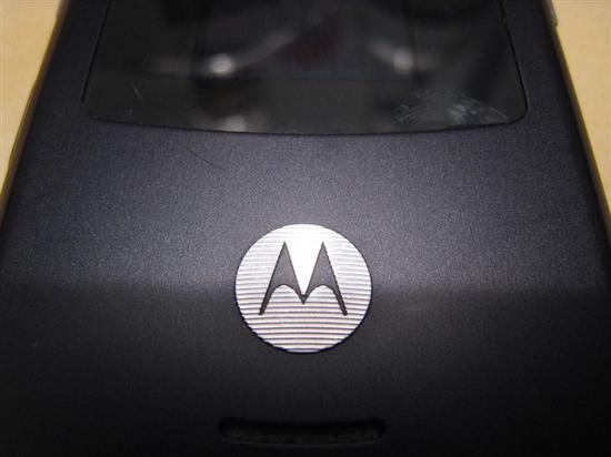 摩托罗拉专利曝光:无边框柔性OLED屏幕情生意动 19楼